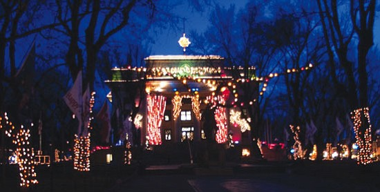 This year's lighting of the Court-house Plaza in Prescott will take place 6 p.m. Saturday, Dec. 6.  Les Stukenberg/The Daily Courier