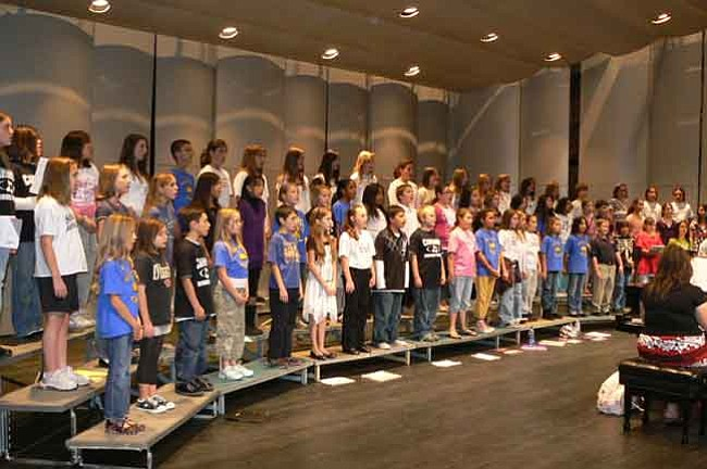 Courtesy/Jean Dueppen Eight Chino Valley Territorial Elementary School fifth- graders joined 55 other fifth- and sixth-graders from across Arizona to sing in the Cantaremos Honor Choir at Gilbert High School Nov. 15.