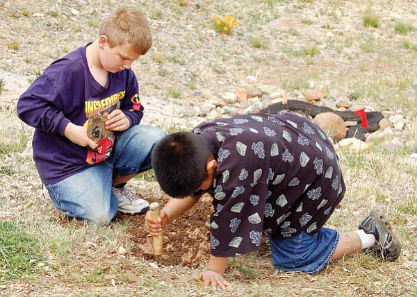 Earth Day & Arbor Day: Lake Valley school celetes with ... on