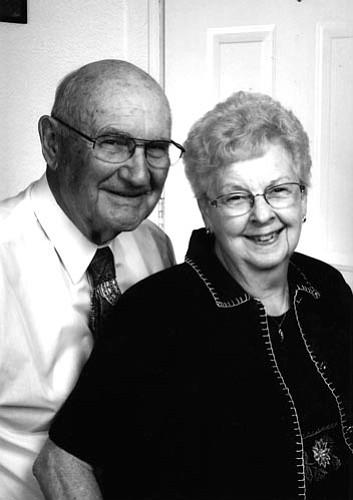 Lynn and Eleanor Leastman
