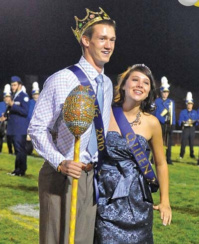 Matt Hinshaw/The Daily Courier<br> Prescott High School Homecoming King and Queen Luke Huffaker and Katie Boggs.