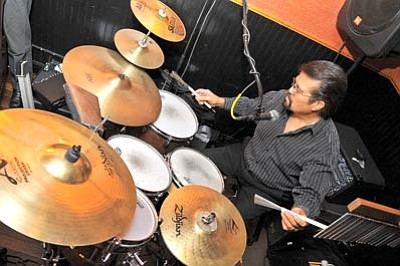 Matt Hinshaw/The Daily Courier<br>Frankie Chavez performs at 129 1/2 – An American Jazz Grille in Prescott.