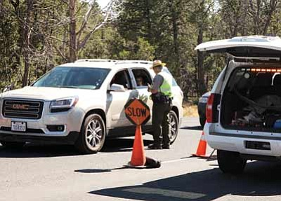 Roadblock outside of Grand Canyon National Park. Ryan Williams/WGCN