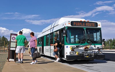 Tusayan shuttle can ease traffic jams, parking problems at South Rim