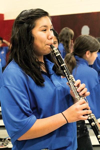 Sophomore Valeria Romero practices for her solo performance of Jazzberry Jam. Loretta Yerian/WGCN