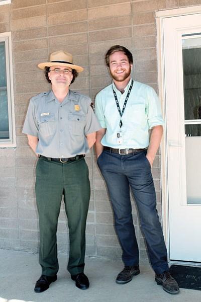 Grand Canyon's volunteer coordinator Todd Nelson with Southern Methodist University student Joshua Kezar. Loretta Yerian/WGCN<br /><br /><!-- 1upcrlf2 -->