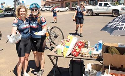Bike and Build take a break in Valle Aug. 16. Photo/Diane Koehnk