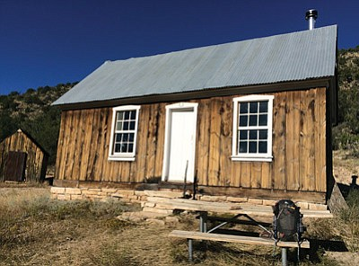 Jumpup Cabin on the North Kaibab Ranger District. Photo/Paul Grimm,USFS