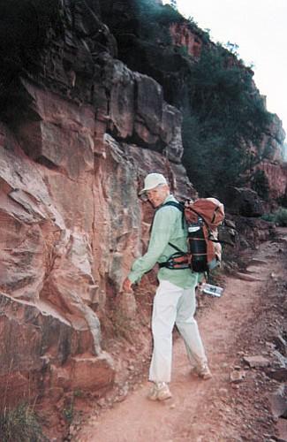 Photo/Benjamin Kastelic Bill Kathan walks into the Grand Canyon backwards Sept. 24.