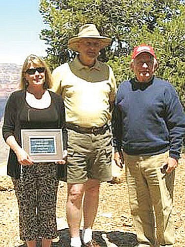 <br>Photo submitted by Al Richmond<br> Pictured (from left to right) is Becky Grumbo, Al Richmond and Paul Schnur.