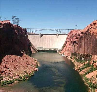 Photo/USGS<br> The Bureau of Reclamation and the National Park Service will hold public meetings today and tomorrow to discuss the development of a long-term water management plan for Glen Canyon Dam.