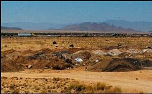 "Kingman ""dump"" site on Saturday morning. JC AMBERLYN/Miner"