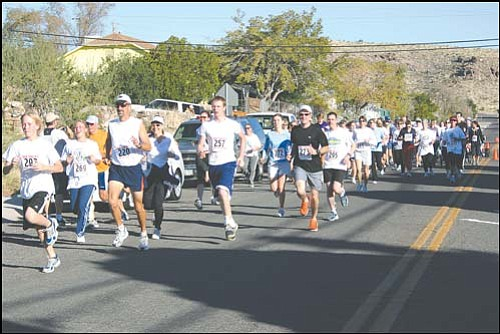JC AMBERLYN/Miner<br> The running segment of the inaugural 2005 Dick Tomlin's Spirit of Triathlon is shown. This year's race is Saturday morning beginning at the Municipal Swimming Pool on Gold Street.