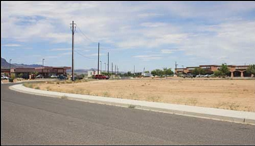 JC AMBERLYN/Miner<br> A view from Mission Street, looking toward Haulapai Mountain Road, of the future site of the Holistic Medical Center. It will be located along Hualapai Mountain Road near Mohave State Bank.