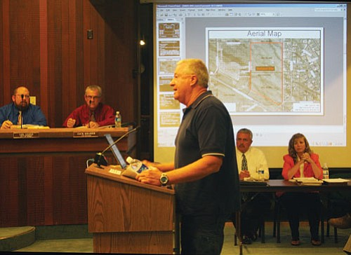 "JC AMBERLYN/Miner<br><BR> Local developer Scott Dunton asks Council to consider granting a two-year plat extension to his Retreat at Boulder Creek subdivision Monday night.  <a href=""Formlayout.asp?formcall=userform&form=20""target=""_blank"">Click here to purchase this photo</a>"