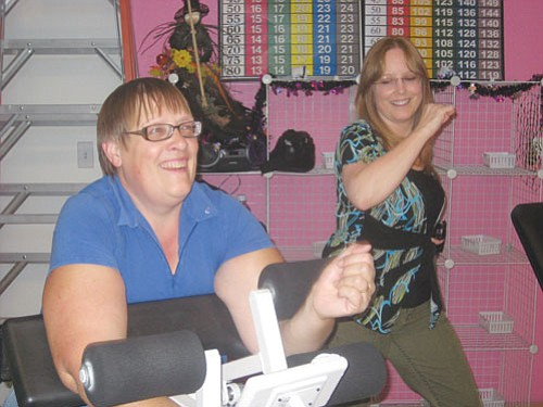 "ERIN TAYLOR/Miner<br><BR> Gretchen Watkins, left, and Vicki Roehrick haven't missed a workout in four years. The two are the last women standing in a competition hosted by Curves.<br> <a href=""Formlayout.asp?formcall=userform&form=20""target=""_blank"">Click here to purchase this photo</a>"