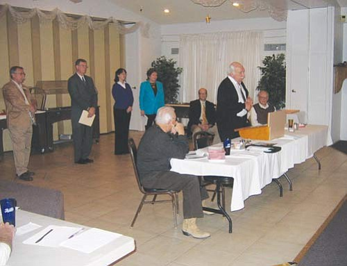 """JAMES CHILTON/Miner<br> Councilman and incumbent candidate Ray Lyons (standing, right) addresses the crowd at the Republican Men's Club meeting in the Elks Lodge at 900 Gates Ave. Monday afternoon. Standing behind him from left to right are fellow Council candidates Allen Mossberg, Richard Anderson, Erin Cochran and incumbent Vice Mayor Janet Watson.  <a href=""""http://kingmandailyminer.com/Formlayout.asp?formcall=userform&form=20"""">Click here to purchase this photo</a>"""