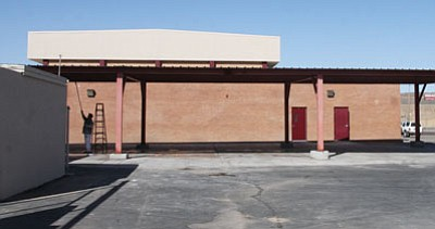 JC AMBERLYN/Miner<br/>The new Ramada at Kingman Middle School will soon have picnic tables placed under it.
