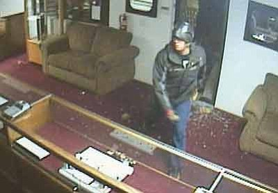Courtesy<br /><br /><!-- 1upcrlf2 -->Surveillance footage from a jewelry store shows one of the suspects in a Monday break-in.