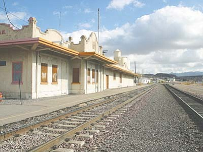 JC AMBERLYN/Miner<br /><br /><!-- 1upcrlf2 -->Work to make the 103-year-old train depot in Kingman look like it did back in 1907 will begin soon.