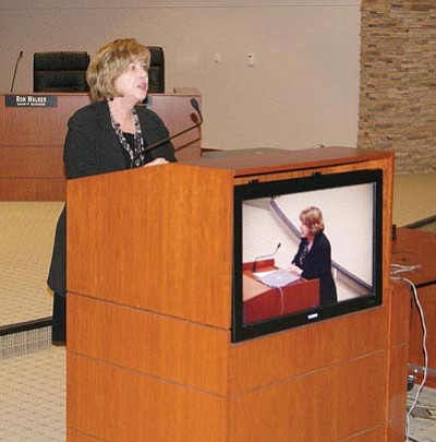 Courtesy/Mohave County<br> Arizona Supreme Court Chief Justice Rebecca White Berch speaks to Mohave County Court judges and staff Feb. 2, at the County Administration Building in Kingman.