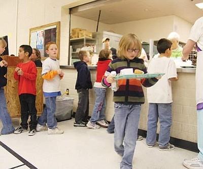 JC AMBERLYN/Miner<br /><br /><!-- 1upcrlf2 -->Students at Manzanita Elementary School in the lunch room Friday.<br /><br /><!-- 1upcrlf2 --><br /><br /><!-- 1upcrlf2 -->