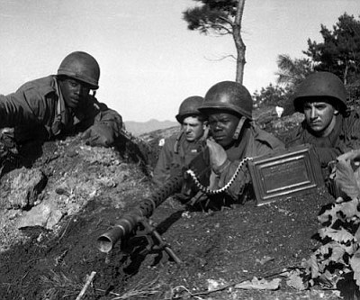 U.S. National Archives and Records Administration/Wikimedia Commons<br /><br /><!-- 1upcrlf2 -->American soldiers in the Korean war.<br /><br /><!-- 1upcrlf2 --><br /><br /><!-- 1upcrlf2 -->