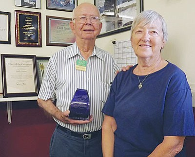 AHRON SHERMAN/Miner<br /><br /><!-- 1upcrlf2 -->Longtime volunteer with the Kingman Area Food Bank Cecil Groves stands with Mohave County RSVP Coordinator Nancy Rutherford.