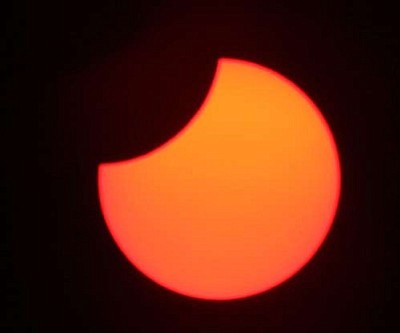 MIKE PEEL/Wikimedia Commons<br /><br /><!-- 1upcrlf2 -->A partial solar eclipse.
