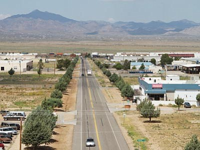 JC AMBERLYN/Miner<br> A view of the Kingman Industrial Park taken Friday from the old World War II Army Air Corps control tower.