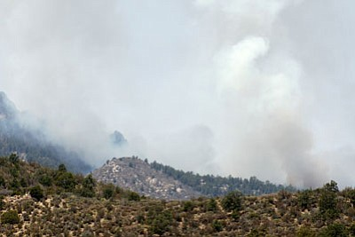 Dean Peak fire southeast of Kingman<BR>HERBERTA SCHROEDER/Courtesy