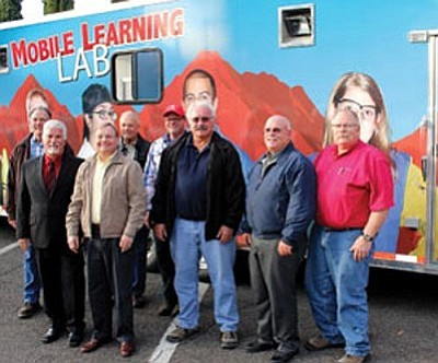 MCC/Courtesy<br /><br /><!-- 1upcrlf2 -->Kingman city officials and industry representatives tour the new MCC Mobile Learning Lab. The city contributed to the mobile lab through a Community Development Block Grant.<br /><br /><!-- 1upcrlf2 -->