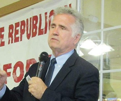 KIM STEELE/Miner<br /><br /><!-- 1upcrlf2 -->Arizona Superintendent of Public Instruction John Huppenthal speaks in Kingman Wednesday.