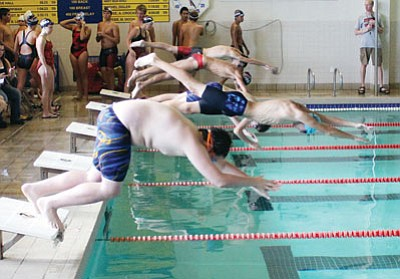 SHAWN BYRNE/Miner<BR>The start of the boys 200-yard freestyle.