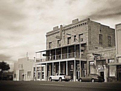 The Hotel Brunswick in downtown Kingman is the setting for many a ghost story.  (RYAN ABELLA/Photo Illustration)