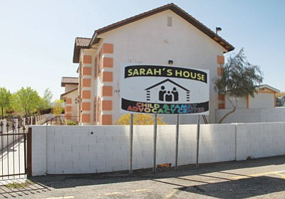 JC AMBERLYN/Miner<BR> The shuttered Sarah's House is located north of Walmart.