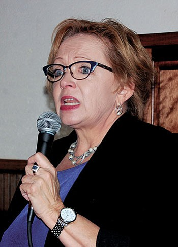 DOUG McMURDO/Miner<BR> Cathi Herrod, president of the Center for Arizona Policy, addresses an overflow audience at Monday's Conservative Republican Club of Kingman on Monday at the Dambar Steakhouse.