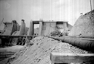 Courtesy<BR> Davis Dam construction in 1942.