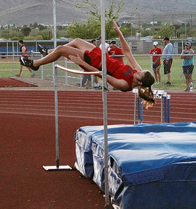Lee Williams's Sienna Cobanovich clears 4 feet, 4 inches in the high jump at the Kingman Multi on April 6. Cobanovich was third at the Havasu Last Chance Wednesday jumping 4-7. (SHAWN BYRNE/Miner)