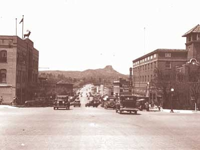 Sharlot Hall Museum/Courtesy photo<br> Elks Theatre, left, and Hassayampa Hotel, right in 1935.