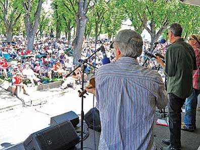 Matt Hinshaw, file photo/The Daily Courier<br> The Thumb Brutes of Prescott perform for a large crowd during the 33rd annual Prescott Bluregrass Festival at the courthouse plaza. This year's event is June 27-28.