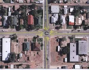 <i></i><b>This proposal by Woodson Engineering is what intersections would look like if Winslow converts Second and Third Street into two-way streets and includes left turn lanes.</b>