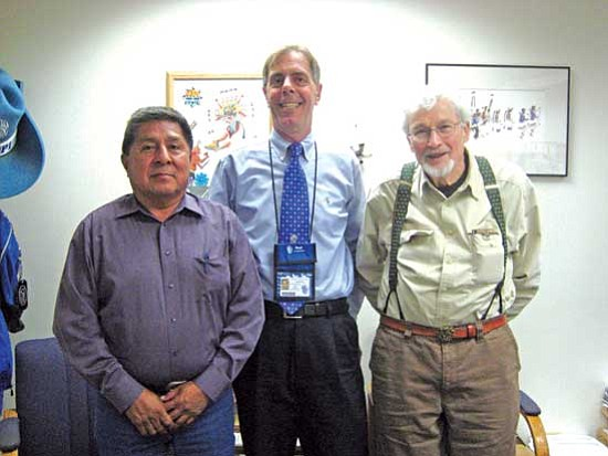 <i>Photo by Stan Bindell</i><br> Harvard University's Dr. David Potter (at right) stands with former board member Wallace Youvella Sr. (at left) and Hopi High Principal Glenn Gilman.