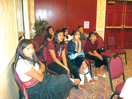 <i>Photo by Brenda Norrell</i><br>Shonto High School students screened a video of the dangers of uranium mining and coal-fired power plants