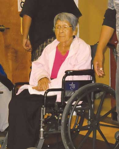 Rosanda Suetopka Thayer/NHO <BR>  Ethel Sahmie, who holds the distinction of being the first Hopi woman to serve in the military, was given a standing ovation during a community recognition ceremony held on Nov. 11 in Kykotsmovi. Sahmie served in the Army/Air Corp.