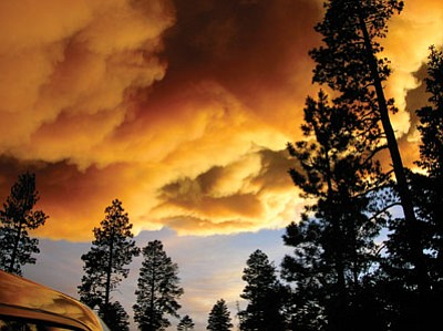 Smoke from Warm Fire. Photo/U.S. Forest Service, Southwestern Region, Kaibab National Forest.