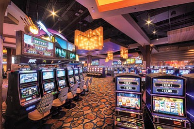 Gamblers At Twin Arrows Navajo Casino Resort Will Now Be Able To Buy Drinks  And Carry
