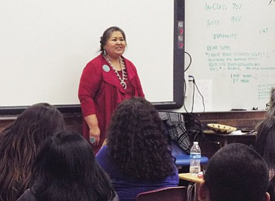 Sunny Dooley, a member of the Navajo Nation and Dine' storyteller from Chi Chil'Tah, presents on traditional women's teachings within the home. Photo/Rosanda Suetopka