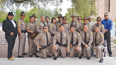 Navajo Police Officers Graduate Acadamy Navajo Hopi