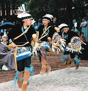Photo courtesy of Museum of Northern Arizona  The Pollen Trail Dancers, a traditional childrenÕs dance troupe from Joseph City, will perform at the Museum of Northern ArizonaÕs 56th Annual Navajo Festival of Arts and Culture on Saturday and Sunday.